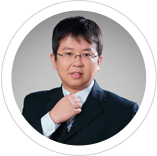 北京社科赛斯教育集团校长、股东、合伙人,清华大学经管学院MBA,美国麻省理工大学(MIT)斯隆管理学院全球校友,长期从事院校MBA面试辅导,担任机工版《MBA面试高分指导》副主编和经科版《MBA面试辅导指南》主编。擅长针对考生的职业情况、面试题目和专业知识问题,在金融、管理、战略等领域独树一帜。-赵羽